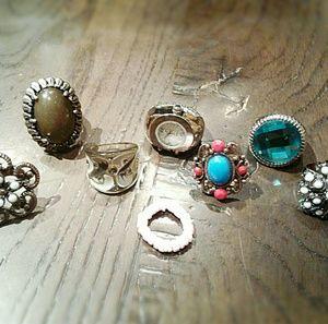 Jewelry - 8 Rings
